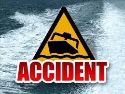 boat crash_62808