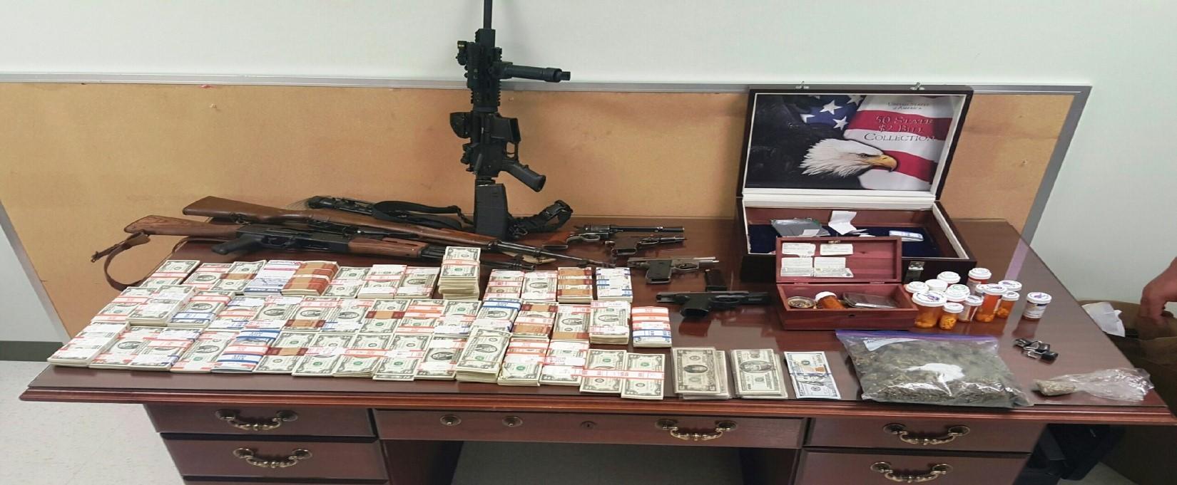 cash and guns st landry bust_195537