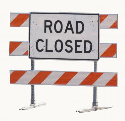 road-closed-sign1_90345