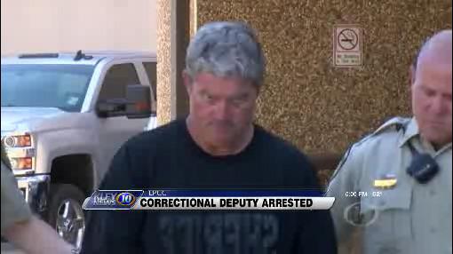 Lafayette Parish Sheriff's Deputy accused of smuggling drugs