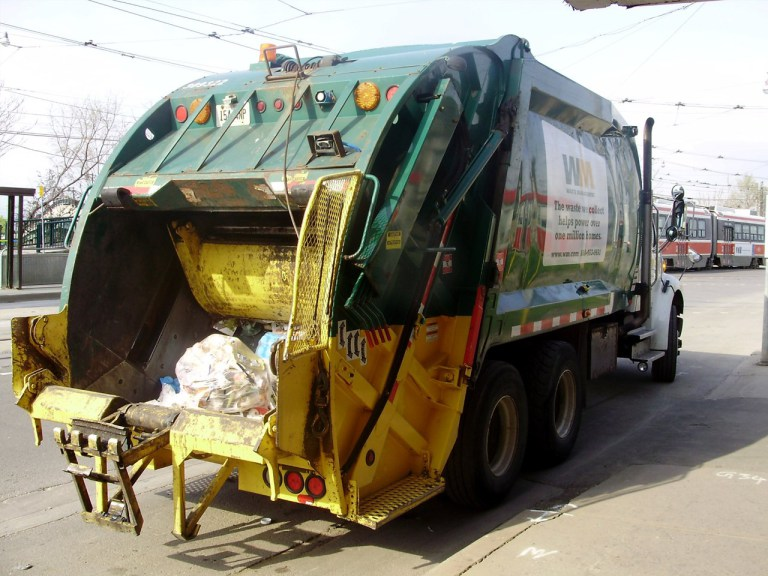 garbage truck generic waste management 1280x960_61011p00-lclgo_1516207091240.jpg