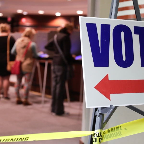 Early_Voting_Indiana_43044-159532.jpg01271470