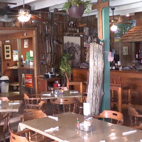Acadiana Eats: Old Courtableau Cafe