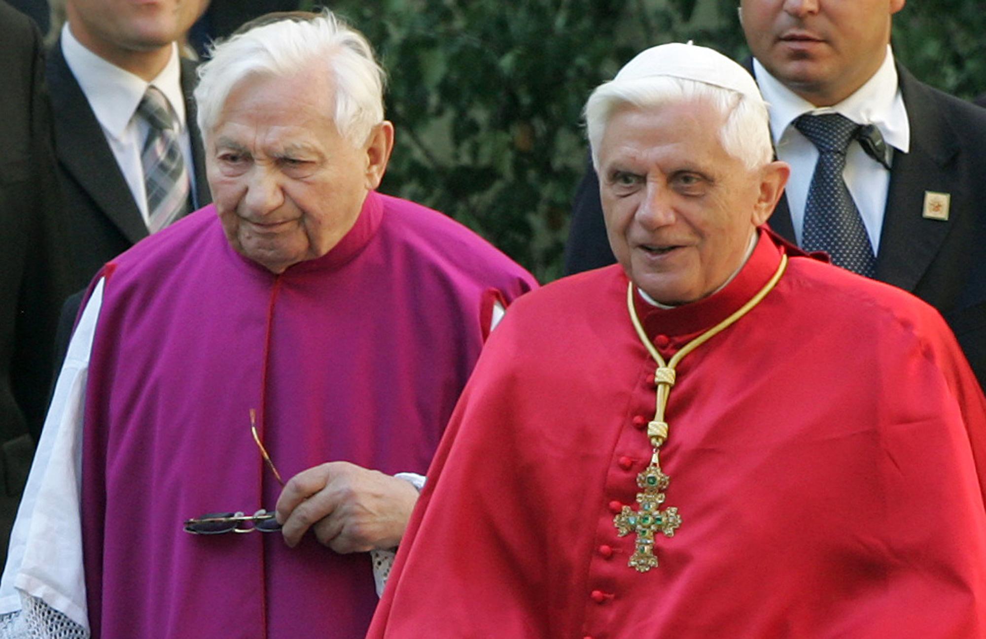Benedict XVI, Georg Ratzinger