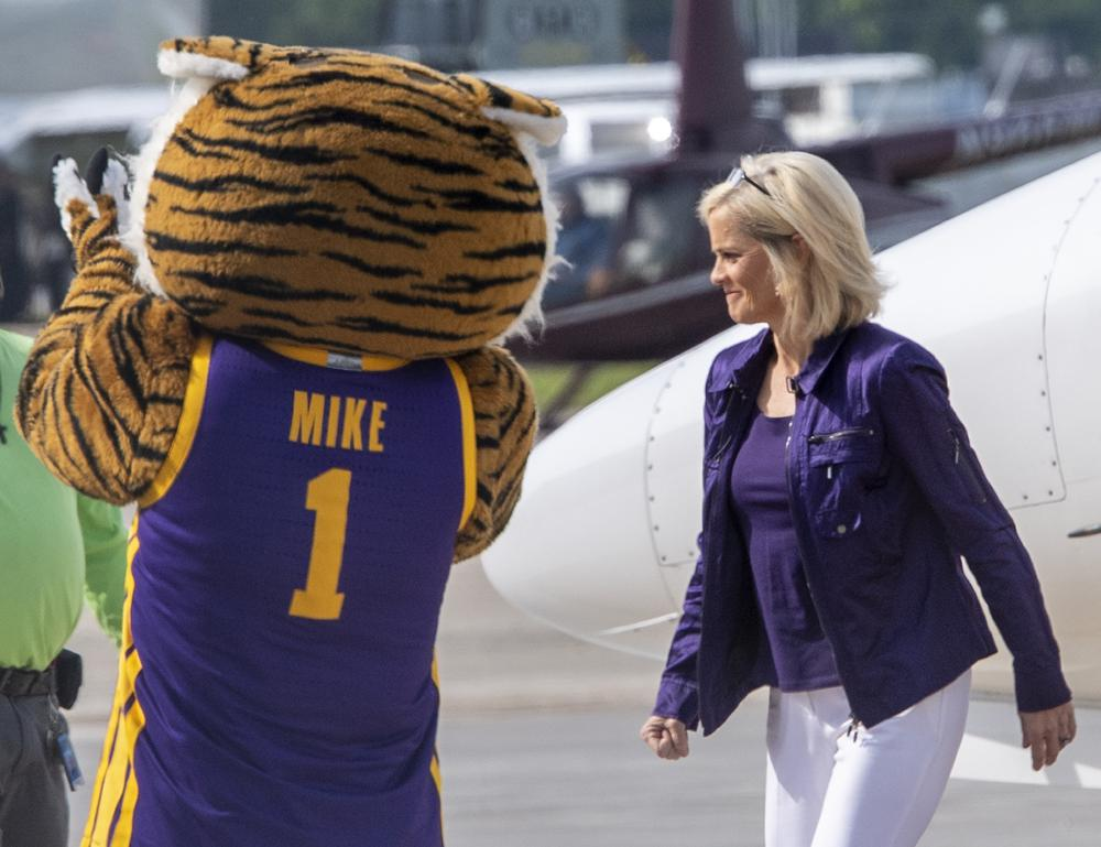 Former Baylor women's basketball coach Kim Mulkey arrives at Metro Airport to become LSU's women's basketball coach Monday, April 26, 2021, in Baton Rouge, La. (Bill Feig/The Advocate via AP)