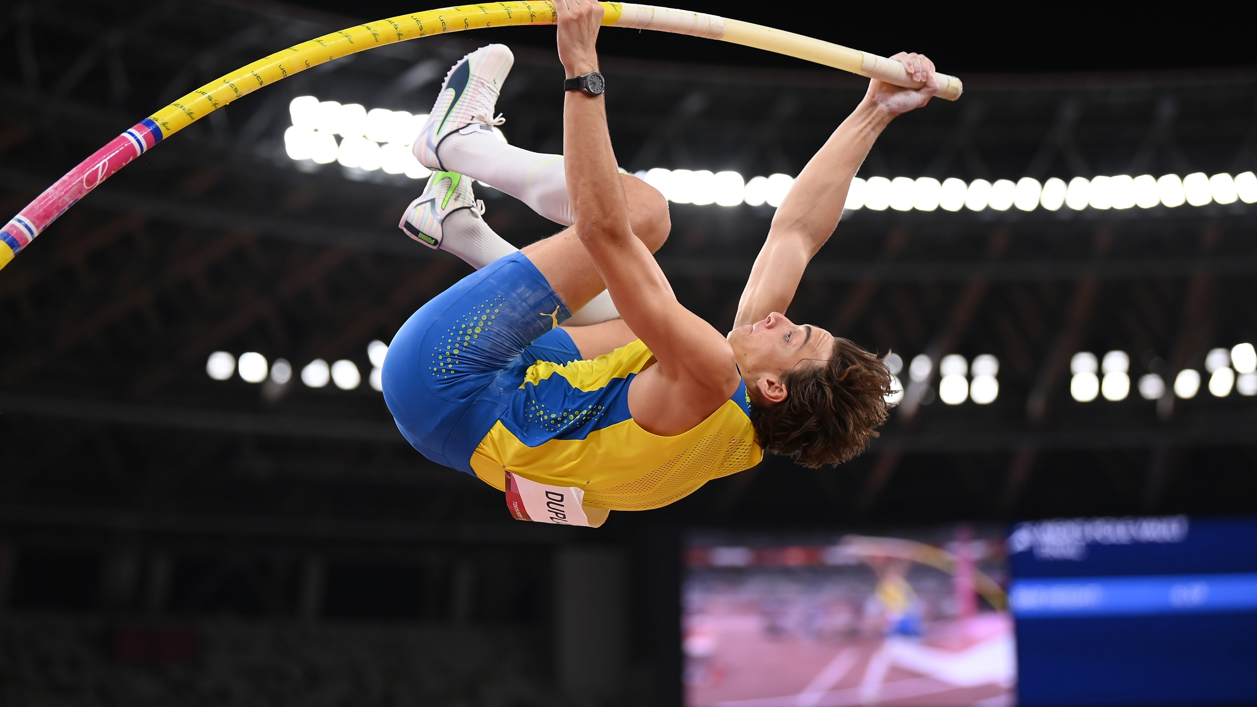 TOKYO, JAPAN - AUGUST 03: Armand Duplantis of Team Sweden competes in the Men's Pole Vault Final on day eleven of the Tokyo 2020 Olympic Games at Olympic Stadium on August 03, 2021 in Tokyo, Japan. (Photo by Matthias Hangst/Getty Images)