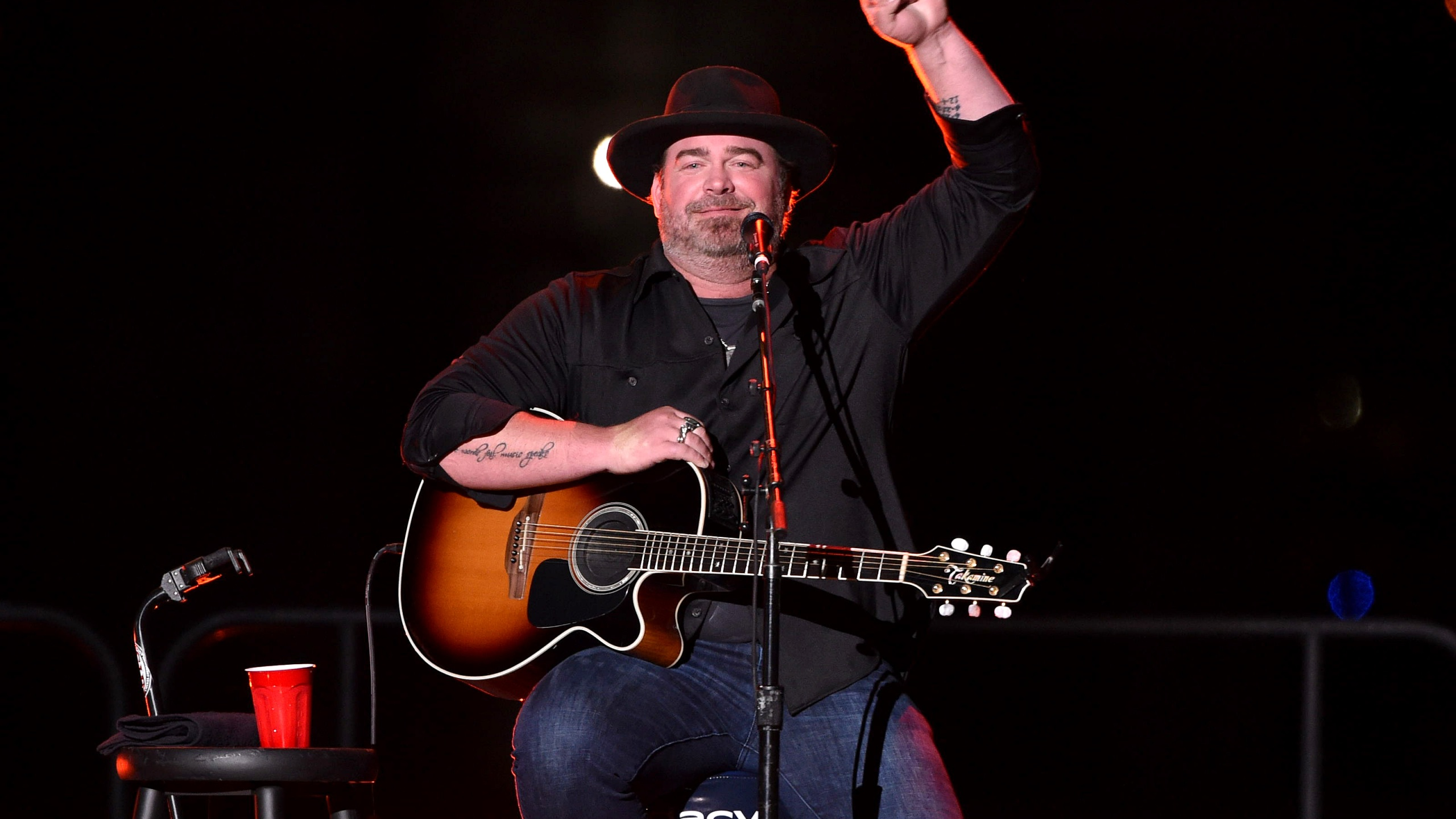 NEW YORK, NEW YORK - SEPTEMBER 11: Lee Brice performs onstage at Audacy's Stars & Strings Concert Benefiting 9/11 at Pier 17 on September 11, 2021 in New York City. (Photo by Bryan Bedder/Getty Images for Audacy )